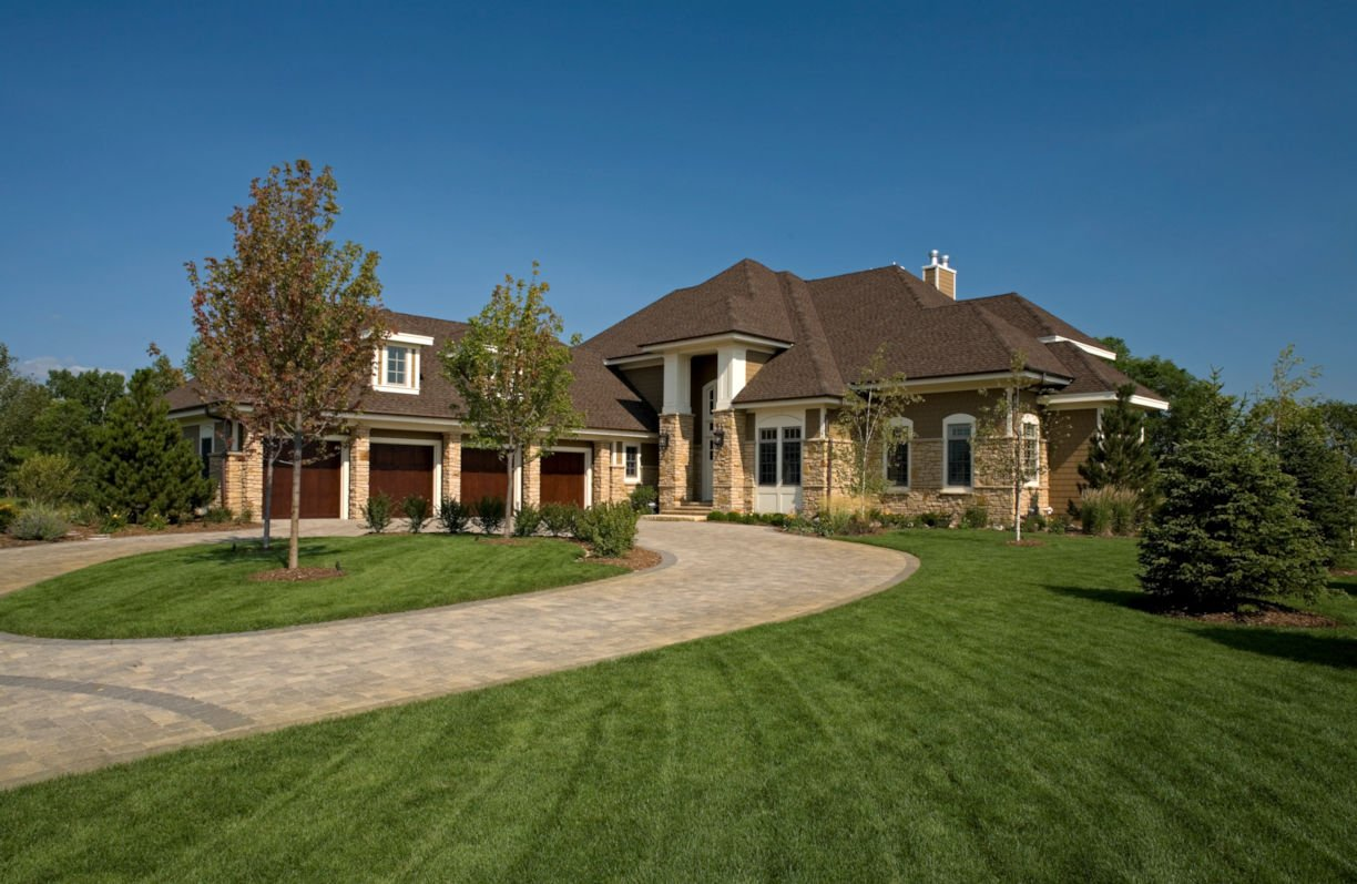 Credit River two-story home design by RDS Architects